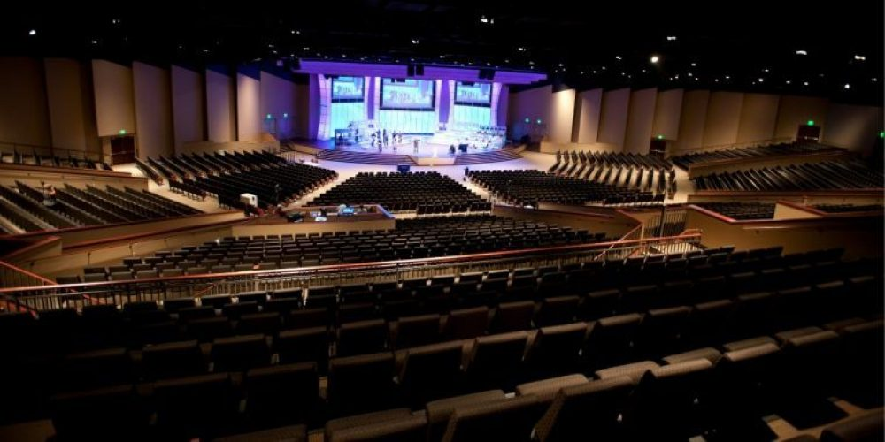 For church sanctuary design or auditorium design, contact the church building contractors at Paragon 360.