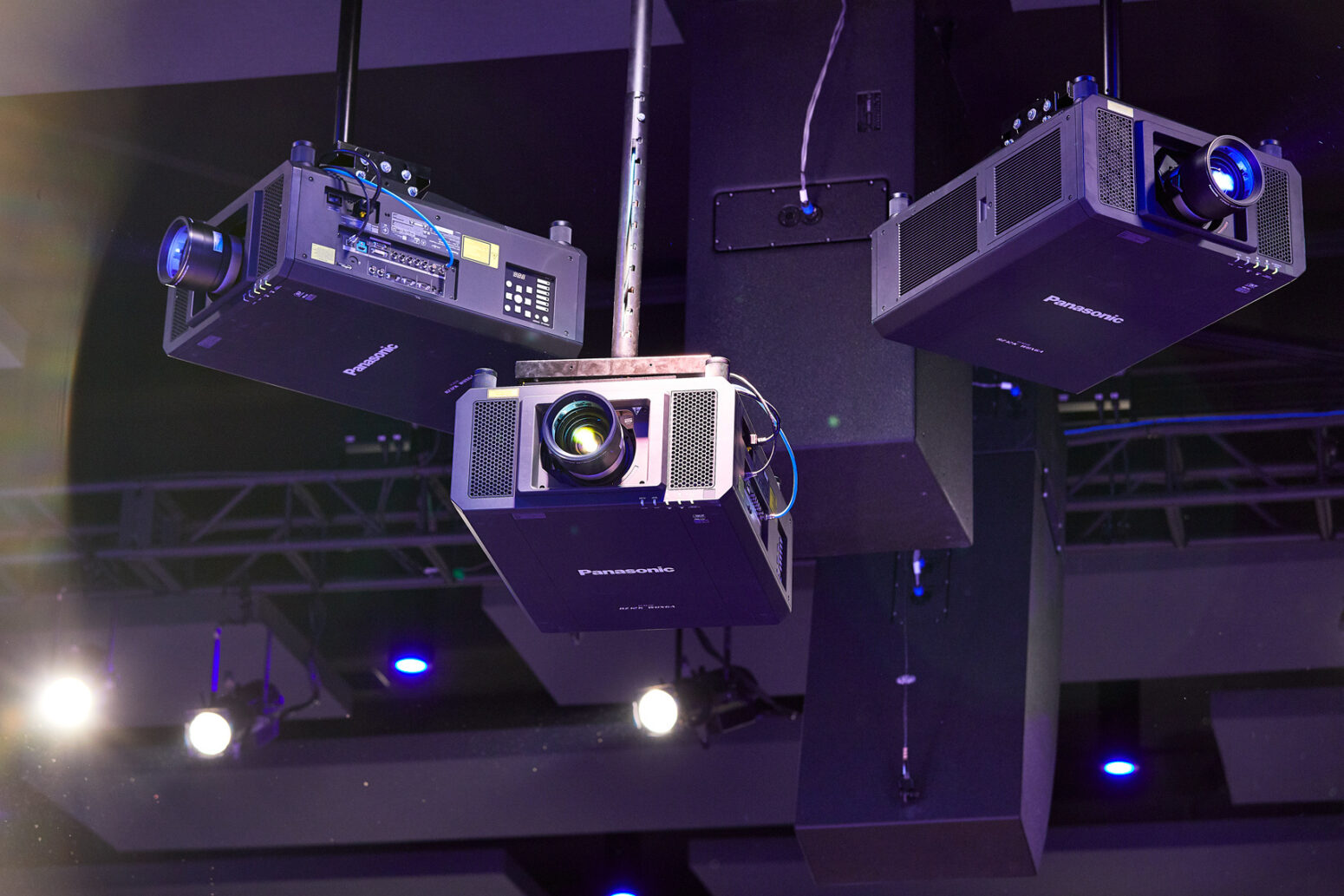 Church AVL systems that Paragon 360 installs feature HD projectors.
